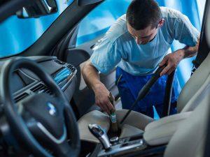 Ručná autoumyváreň v Košiciach - čistenie interiéru